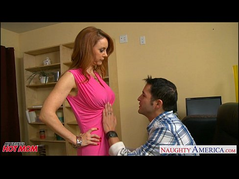 Video bokep online Firm bodied redhead mom Janet Mason gets fucked