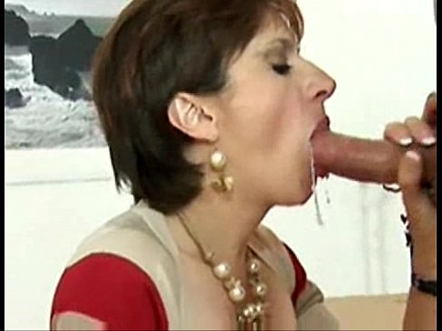 Mature oral creampie
