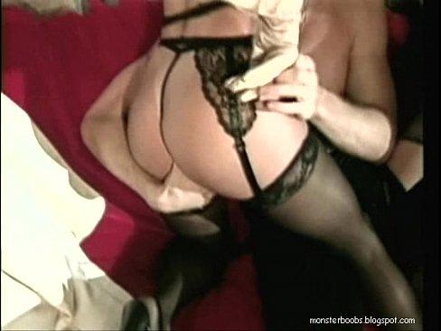 threesome mature sex