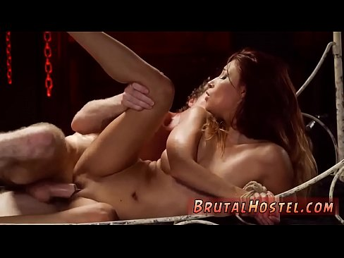 muzhskaya-masturbatsiya-bitovimi-priborami-kartinki-porno-eroticheskie-golie-devushki