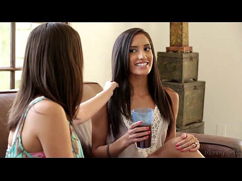 chloe amour shyla jennings and india summer at mommys girl
