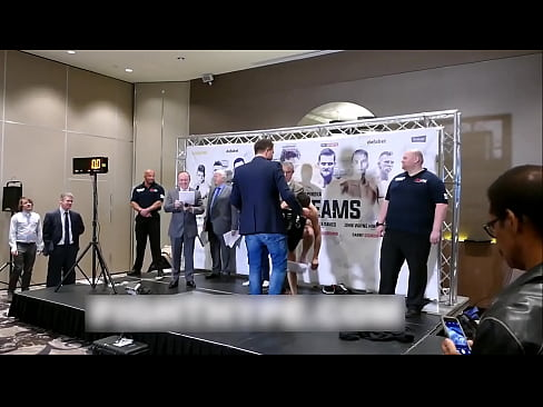 Boxers' Naked Weigh-ins