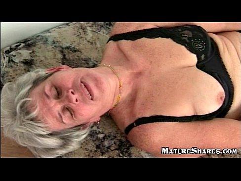 Facial massage chair