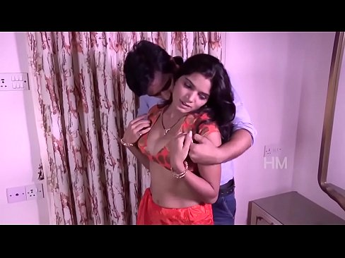 INDIAN WOMEN(BHABHI) SEX WITH NEIGHBOUR