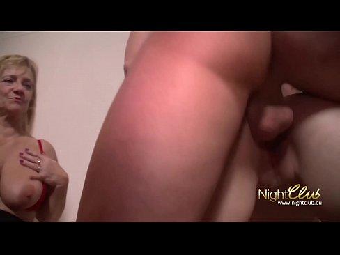 Amateur cougar porn