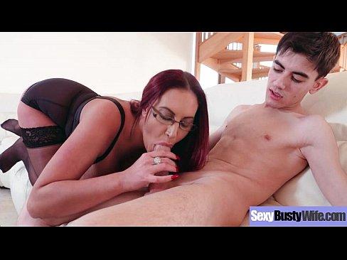 (Emma Butt) Big Melon Tits Housewife Love Intercorse Movie-18