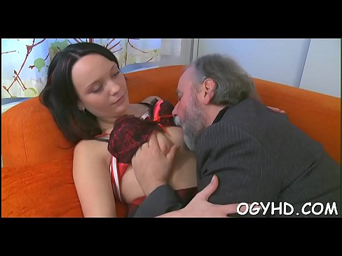 Old crock bangs juvenile crumpet - Download mp4 XXX porn videos