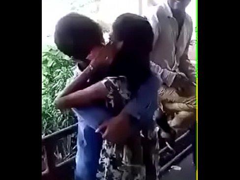 BANGLADESHI KISS CONTEST