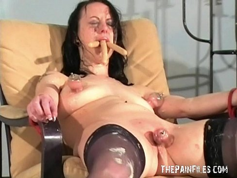 Hot fat strepteese wumen video