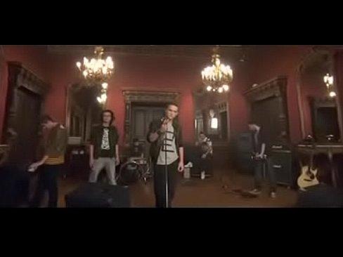 Animal X - Nisip purtat de vant [Official Video]