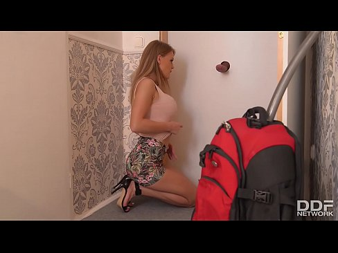 Which Door should I Suck a cock in first with Viola Baileys