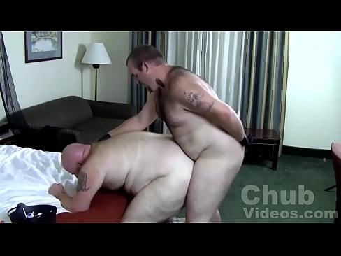 Muscular wolf bareback fucking chubby bear