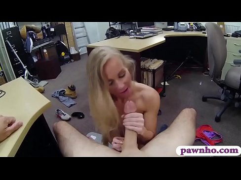 Skinny blonde biatch nailed by pawn dude's Thumb