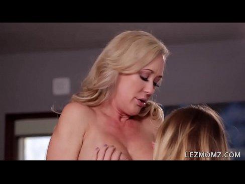 Azijski seks u kombiju
