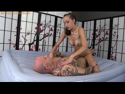 Young Hottie Gives Erotic Body Massage with Oil