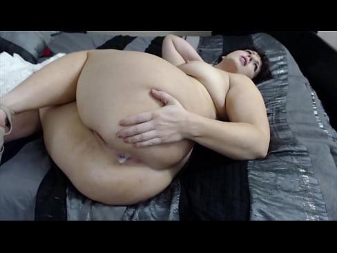 Big amateur ebony tits