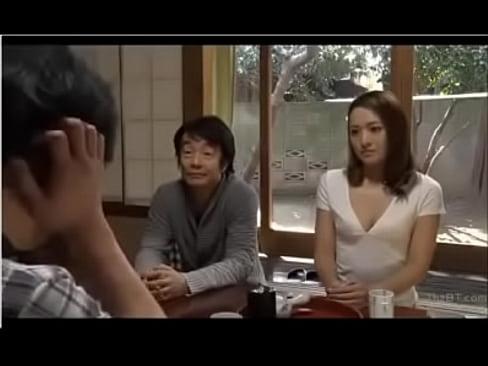 http://zo.ee/5oB2  شاب ينيك خالته من طيزها لمشاهده الفيلم كامل ادخل هنا