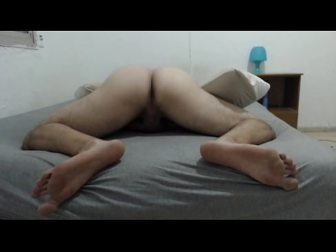 Solohaze spreads his cheeks and shows his asshole and feet to a good customer from his webcam site