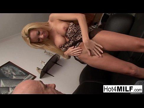 Leszbikus szex strip klubban