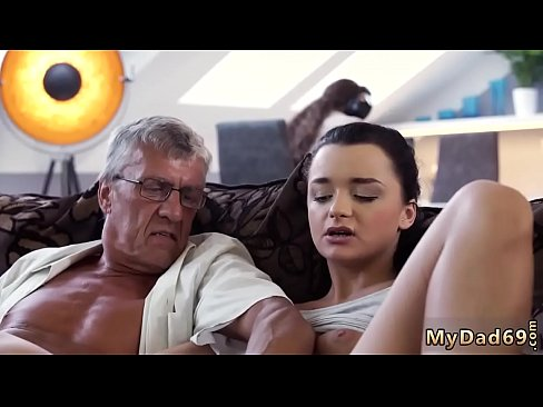 cover video Skinny Grann y Anal Old And Dad Daddy Father Patron Crony S Daughter