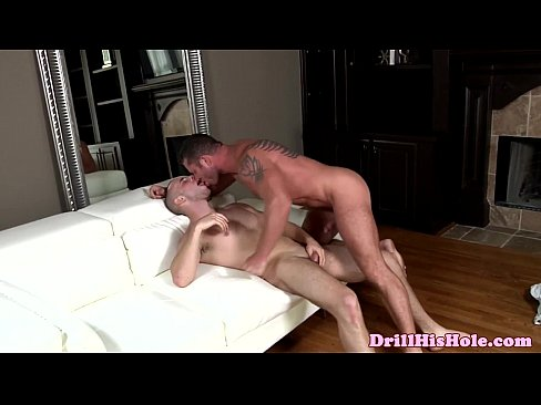 Anal loving bottom hunk sucks and fucked