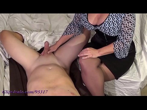 Army girl sucks big dicks_9796