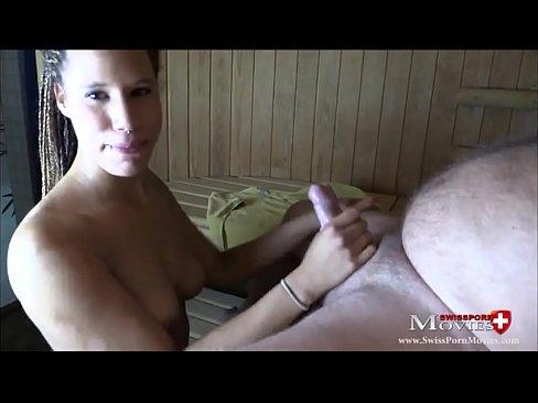 Совратила парня на секс в сауне, порно русские мамки ебутся в бане