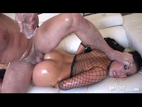 Wild hardcore huge cock eating pussy