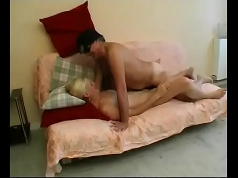 amateur skinny group sex