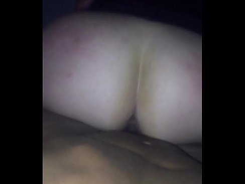 amateur white wife fucks bbc in car