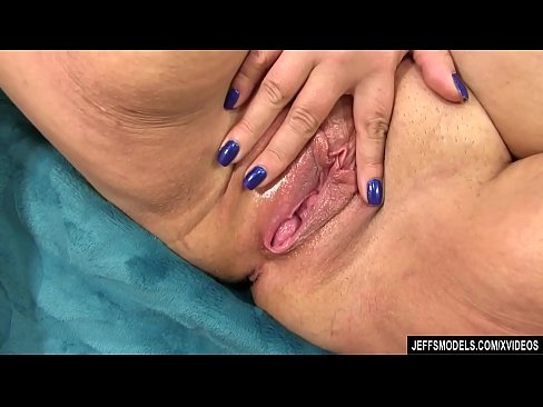 Fat Danni Dawson Uses Sex Toys To Bring Herself To Powerful Orgasms Xvideos Com