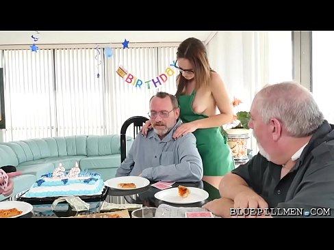 Sexiest Birthday Gift Ever!XXX Sex Videos 3gp