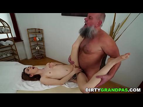 brazzer porn online