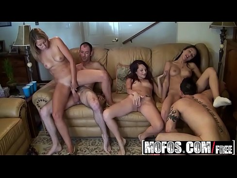 hot tub women fun