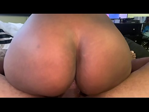 sexy big ass riding dick