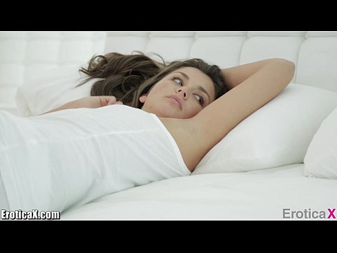 EroticaX COUPLE's PORN: The Heart Grows Fonder