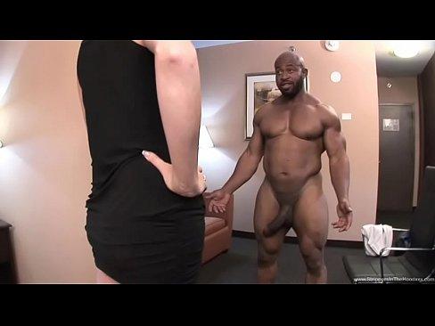 debra messing hard nipples