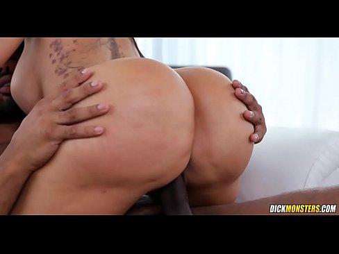 Big Ebony Booty Lesbian