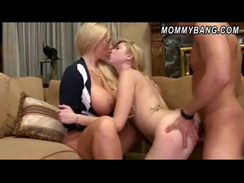 Anal sex with a surfer girl outdoors