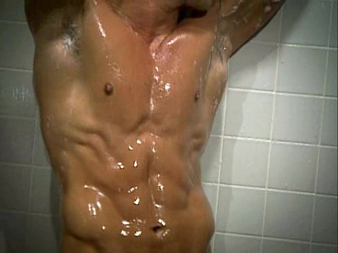 amateur gay muscled boi tanline masturbation