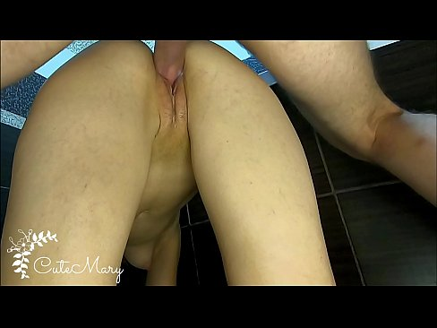 CLOSE-UP DOGGYSTYLE CREAMPIE