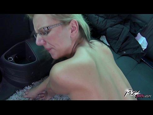 Nude moms pics galleries