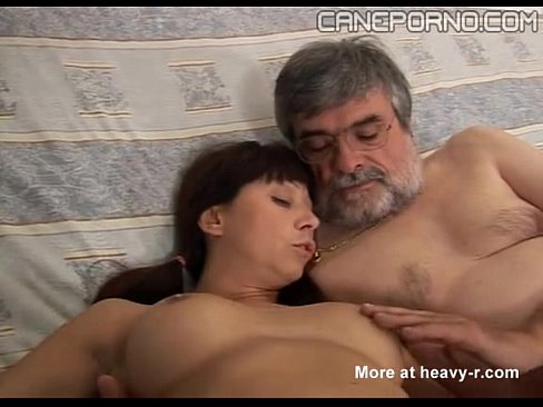 Younh daughters fucks very Father