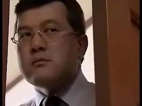 【ヘンリー塚本】妻が俺の親父と禁断の不倫セックスをしていたぁ! xvideos