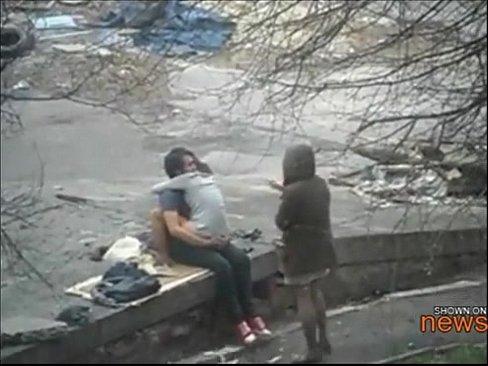 Friend waits while her friend gets tagged in publicXXX Sex Videos 3gp