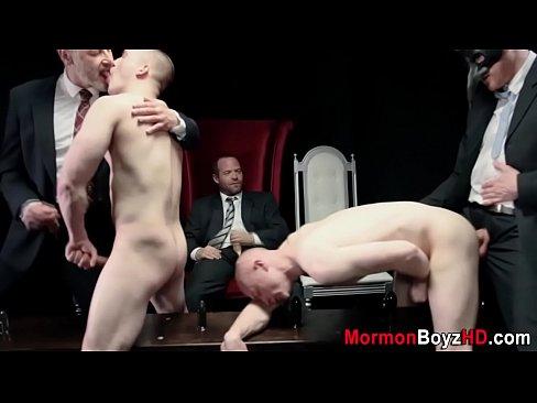 Old elder cums on mormon