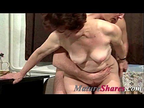 amateur granny tries anal