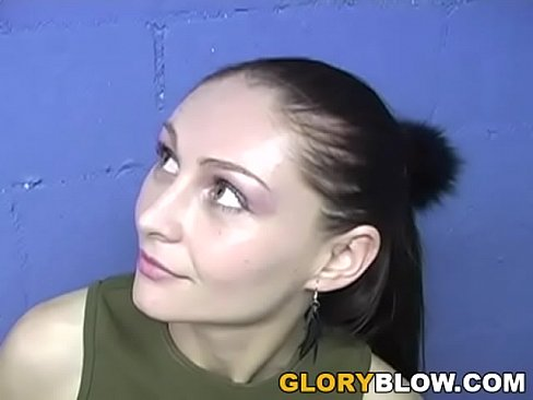 aliesha sucks black dick - gloryhole