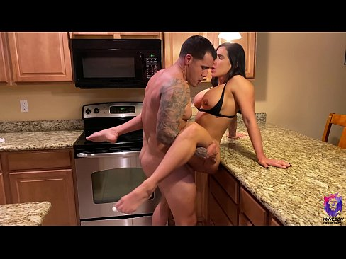 Hot mom gets her perfectly shaved pussy licked and fucked in the kitchen
