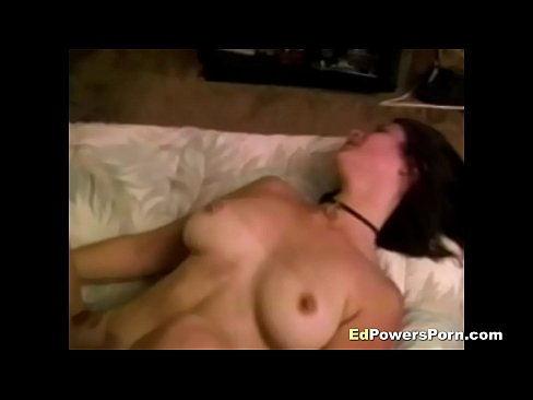 Amateur whore gets eaten